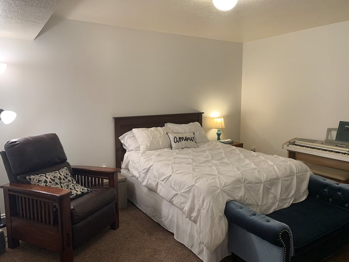 Clean Private Room near BYU