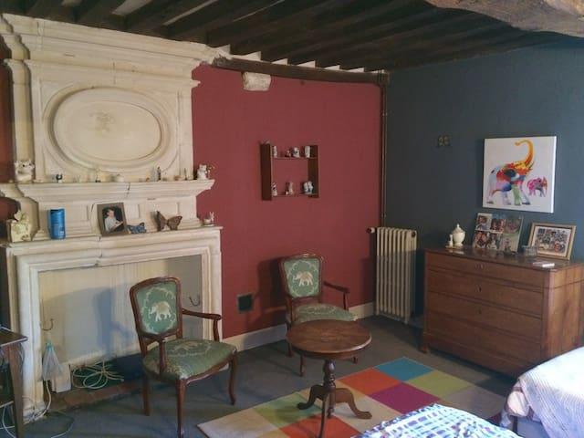 Chambre chez l'habitant - Saint-Christophe-le-Jajolet - Dům