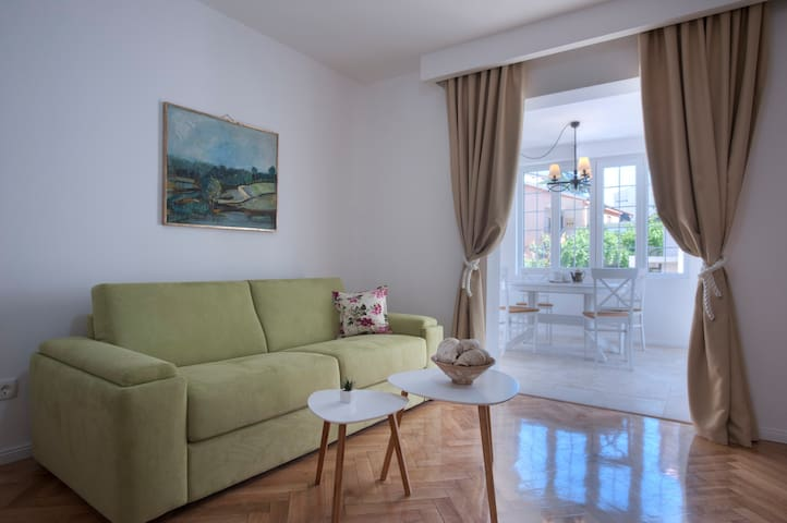*Sea Sun & Relax*1BR Ap w/ Pool, 10min to Old Town