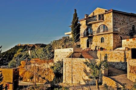Vila Amantia - an amazing view! - Vlorë - Casa de camp