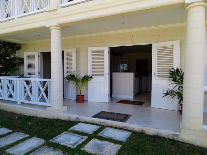2 Bed Country Plantation Apartment