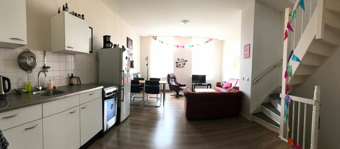 Spacious private apartment close to the Maas - Rotterdam - Wohnung