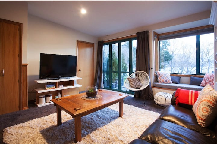 Lakeside apartment unit in Frankton Queenstown.