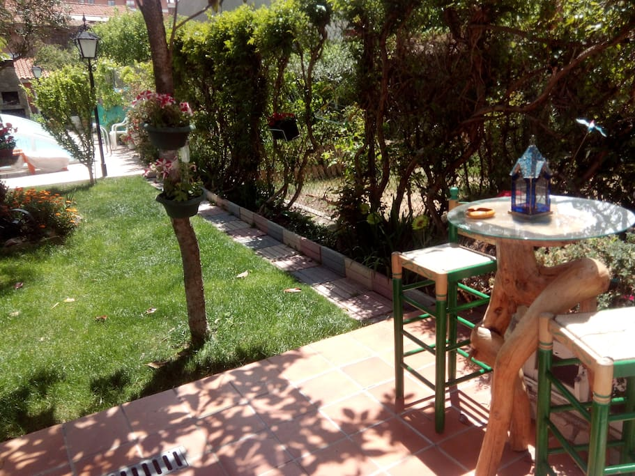 jardin para tomar una copita