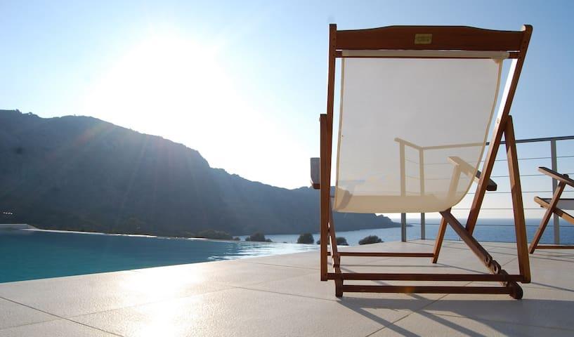Villa Corallium in Sfinari with amazing sea view