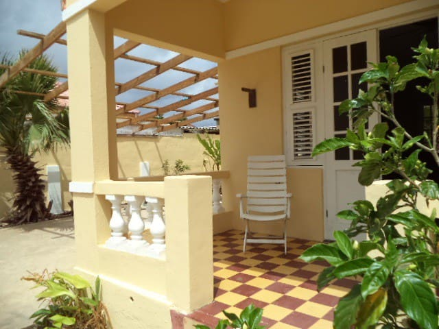 Bonita Holiday Home in the Caribean - Willemstad - Ev