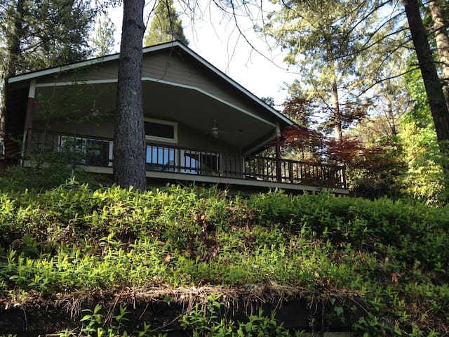 Paradise on the Rogue River - Gold Hill - Casa