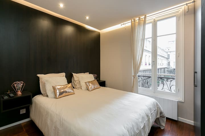 New charming Studio close to Invalides
