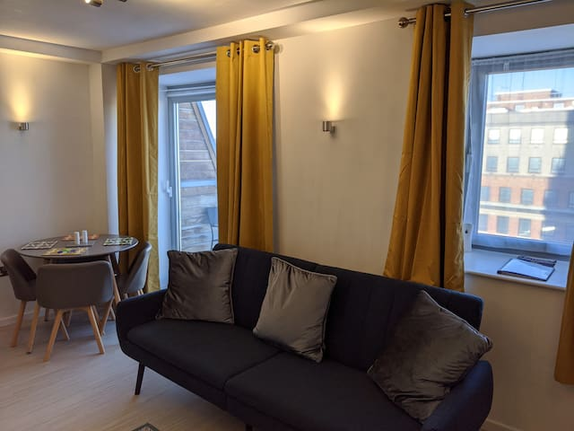 Premier Apartment in Leeds Central District