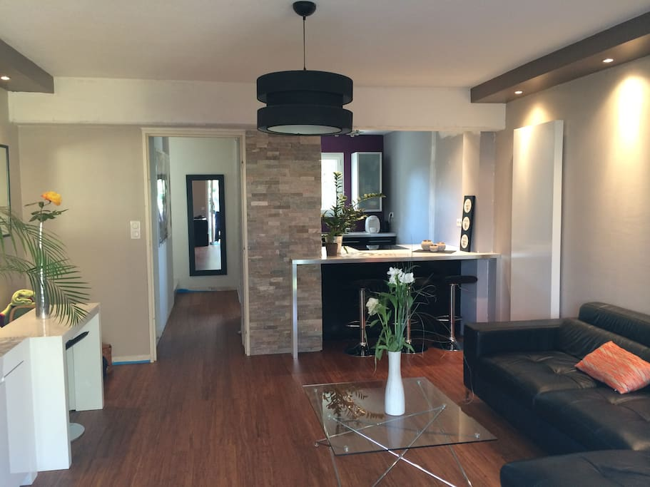 petit coin de paradis 2 chambres houses louer montpellier languedoc roussillon france. Black Bedroom Furniture Sets. Home Design Ideas