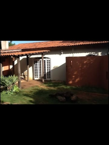 Room in gorgeous home (silver) - Brasilia - House