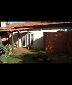 Room in gorgeous home (silver) - Brasília
