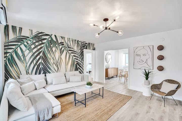 Boheme Suite 2BD/ 2BA Miami Beach Lincoln Villa