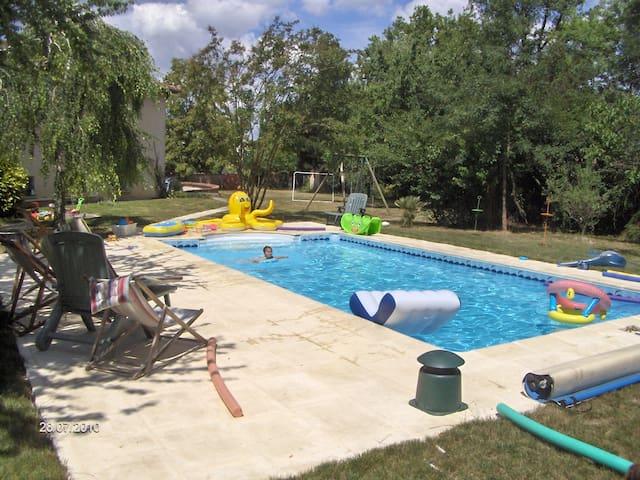 Belle villa avec piscine sud-ouest - Cunac - Villa