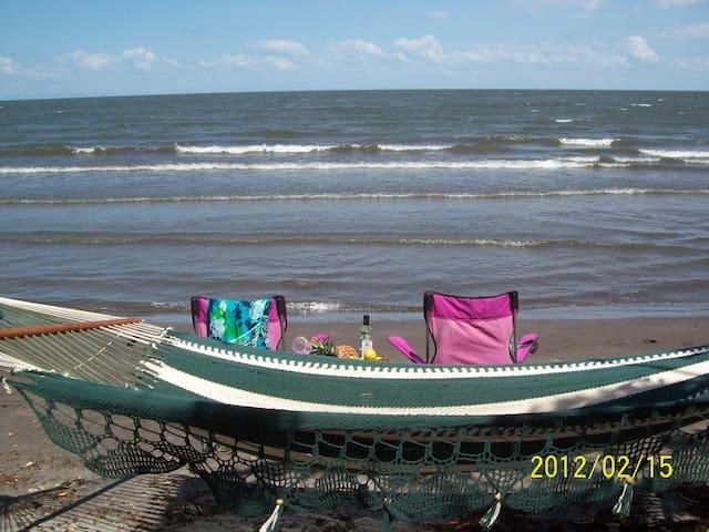 Ometepe Bella Beach House or Casita w/WiFi Gardens - Ometepe Island, Santa Cruz - Talo