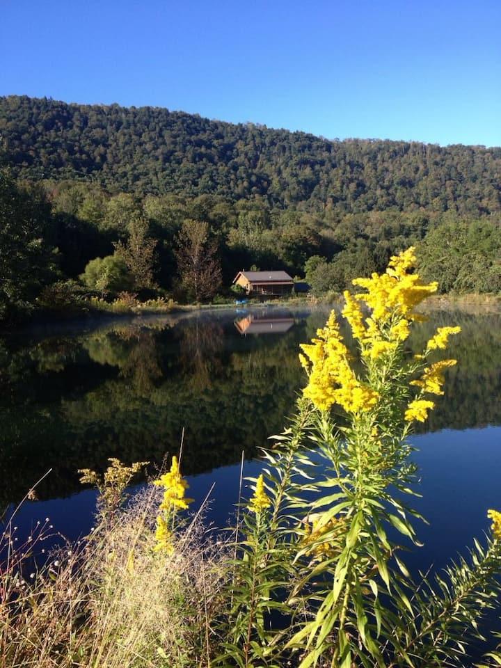 "Catskill Mt. Views ""Onteora"" Loft"