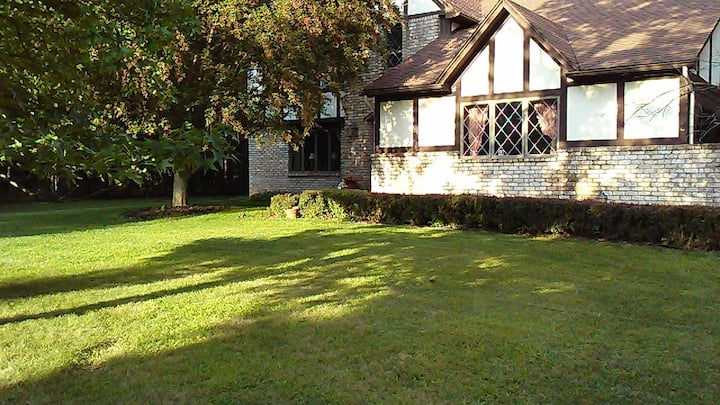 Retreat at Surrey Hill Lane