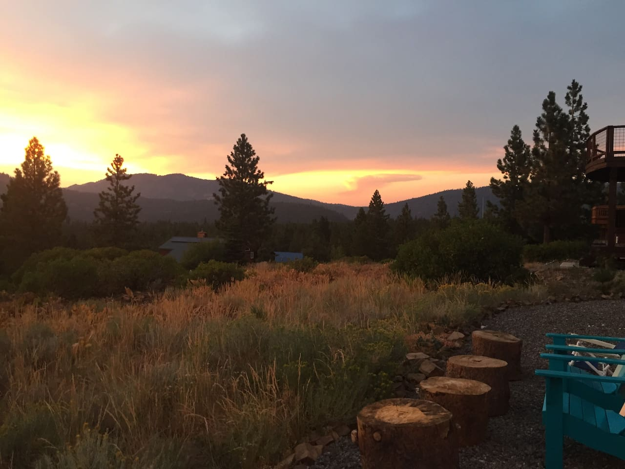 relax in the backyard and watch the sunset and shooting stars
