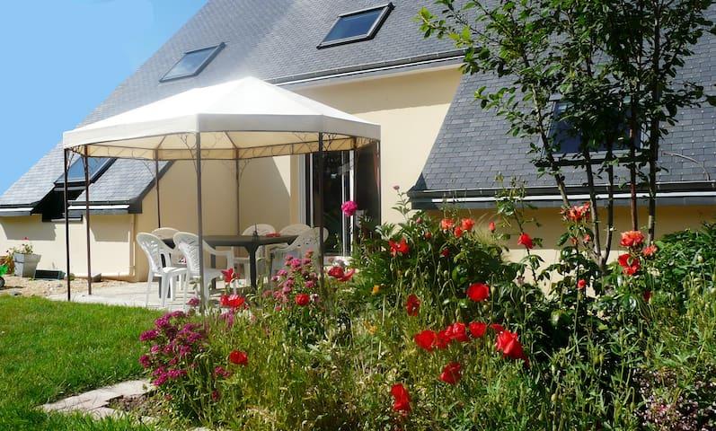 Maison confortable proche plages - Pléguien - Hus