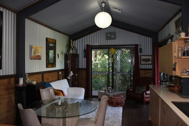 Cabin-s/contained,AirCon,WiFi,Org Brkfst,Sanctuary - Highfields - Cabin
