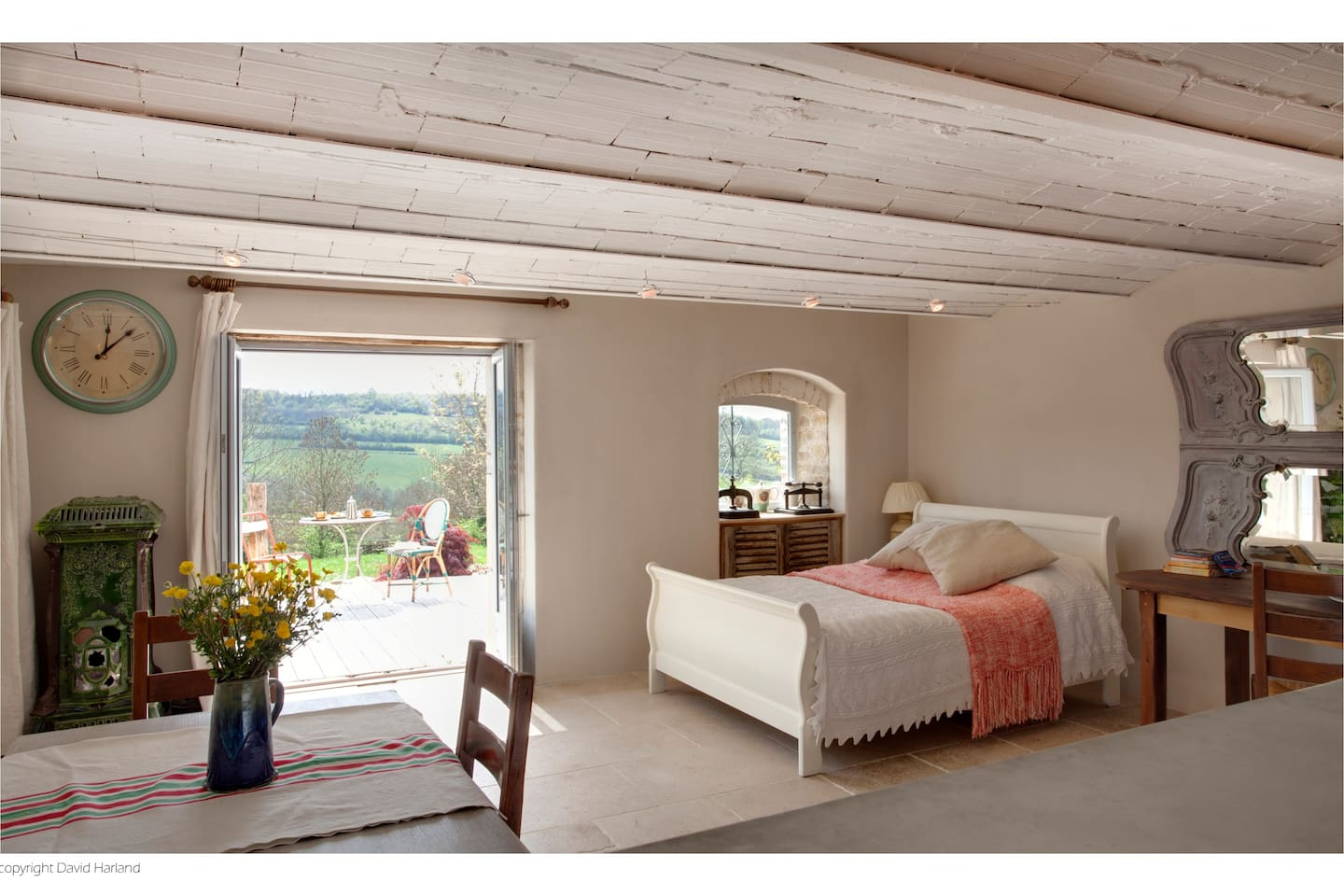 Open plan living.With a stunning view.