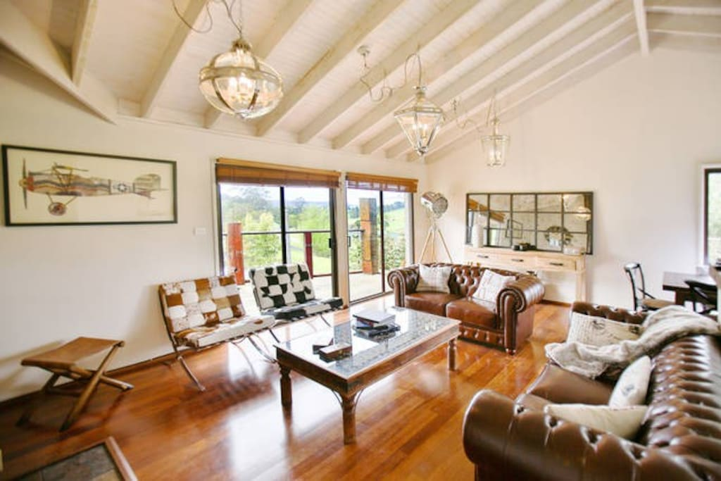The Berry Lake House – Our lounge room is truly unique