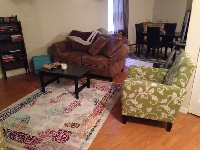 Charming 1BR State Capitol, downtwn