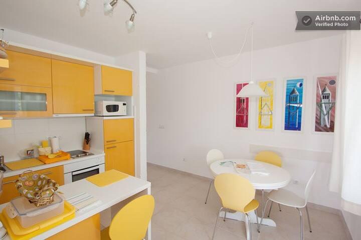 Villa Matovica - Yellow apartment
