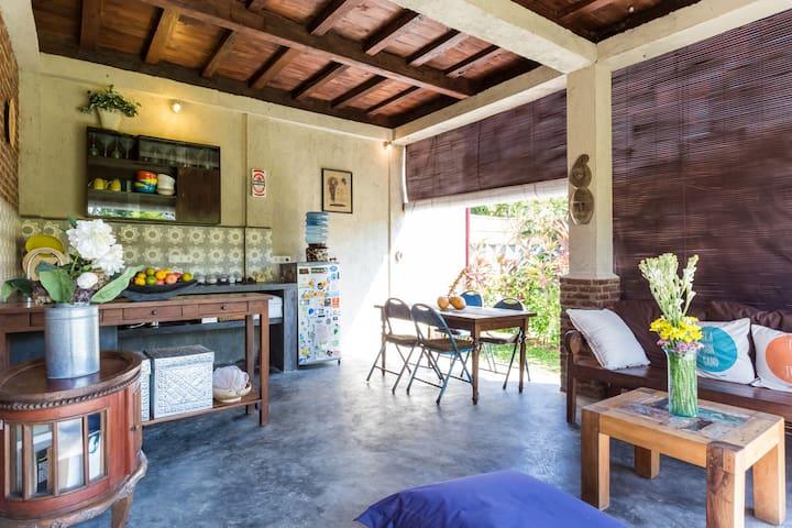 Beautiful Antique Wooden House - Canggu  - Haus