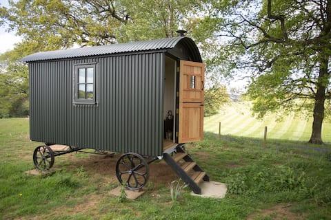 Surrey Hills Shepherds Hut