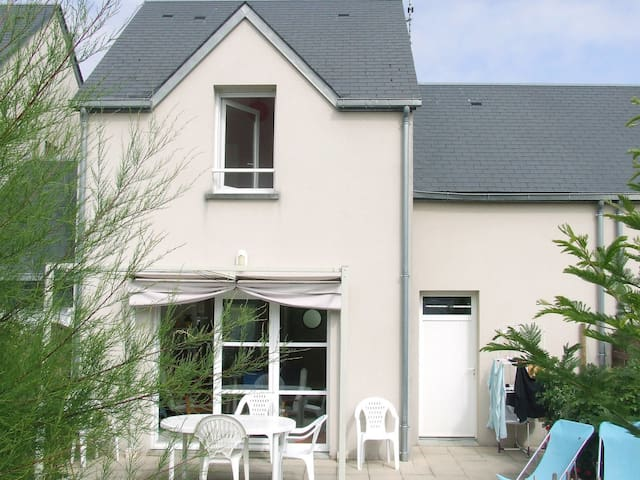 Row house in Hauteville-sur-Mer-Plage for 6 persons