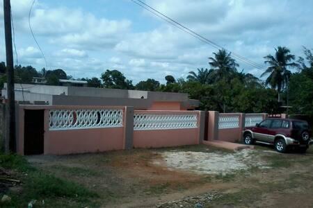 """Villa Privée """"Auberge des Princes"""""""