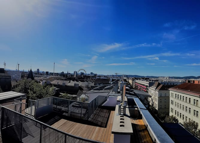 Stunning View over the roofs of Vienna - Riesenrad, Stephansdom, Kahlenberg