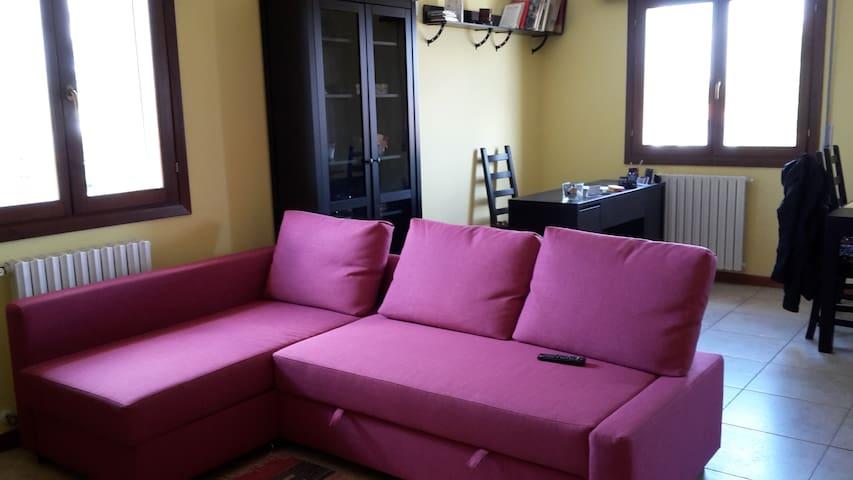 Appartamento Giulia completo 8 posti letto 2 bagni - Ferrara - Lägenhet