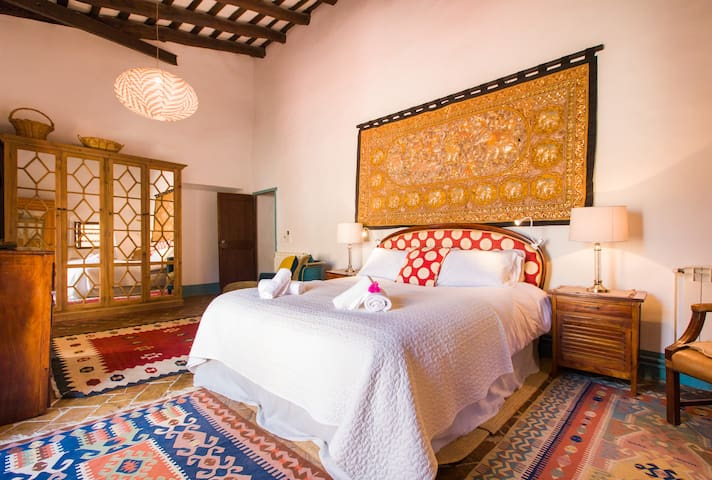 Montserrat bedroom with superking size bed, Aircon and large, quiet ceiling fan