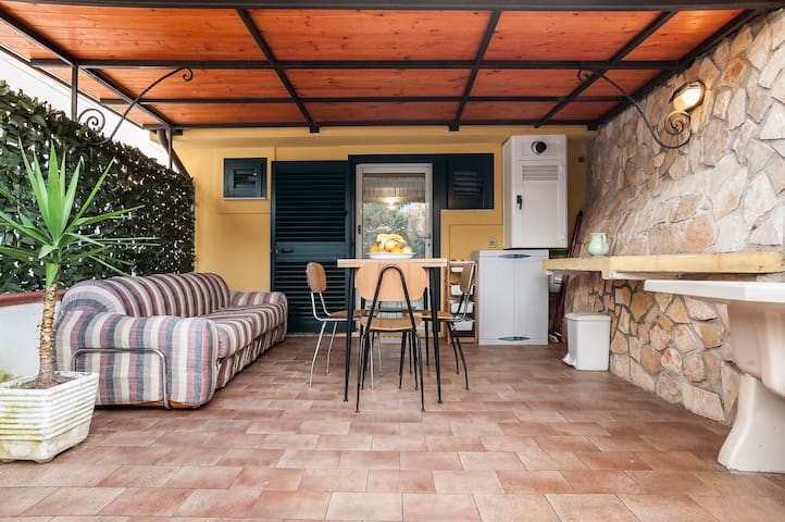 nice loft w garden barbecue & wi-fi, children Free - Gaeta - Ev