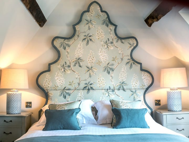 Character gorgeous room in boutique getaway
