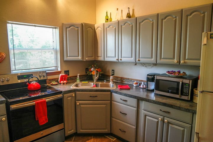 Furnished kitchen, clean and ready!