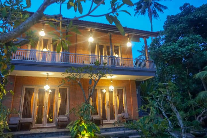 Arki Guest House Newly Built Modern Outside Ubud 1