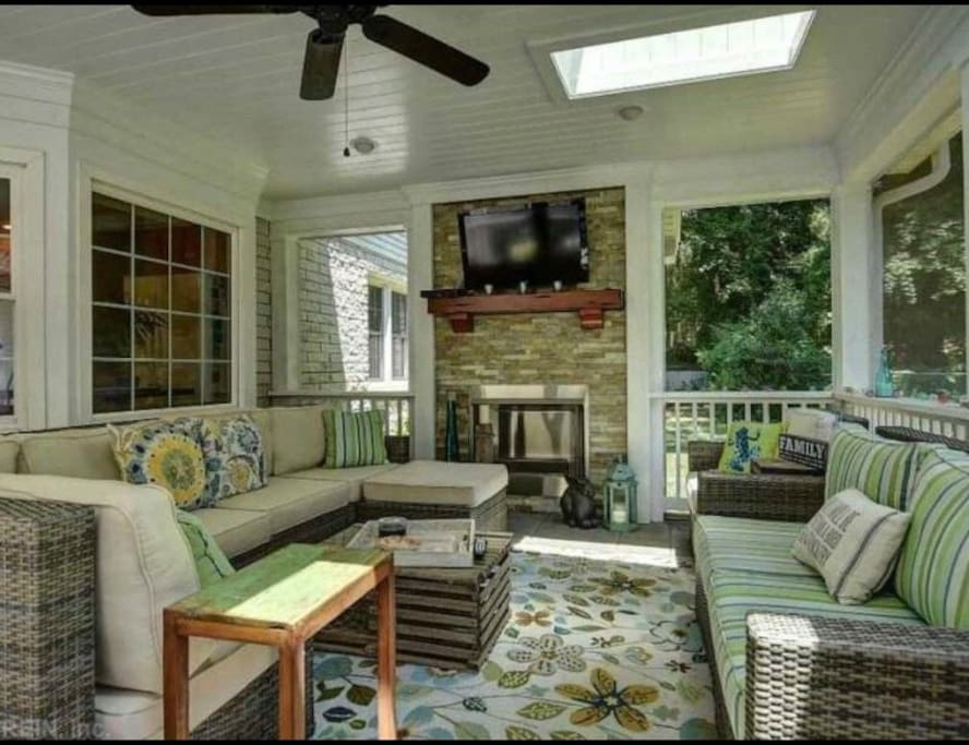 Guests have access to separate screened in porch with television and fireplace. Perfect for a relaxing evening.