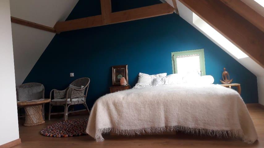 Chambre cozy et lumineuse dans Grange rénovée
