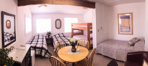 Garden Dorm Room - Bed 1 - Single