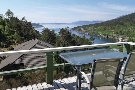 Holiday cottage with 3 bedrooms on 45m² in Ølve