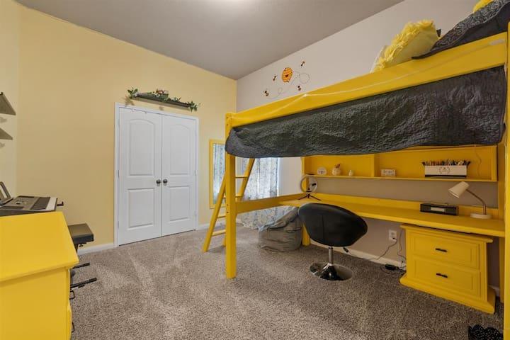 Bedroom 2 - Full size Loft Bed with Work Desk below- Large Closet - Plenty of storage