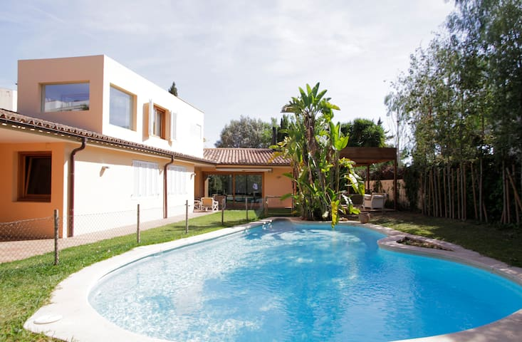 Beautiful house with pool in Palma