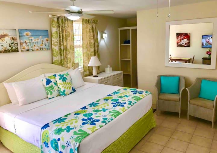 Villa Mia Studio 2  Near Miami Beach