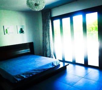 10 Comfortable Studios 50m Beach 2 - Apartment