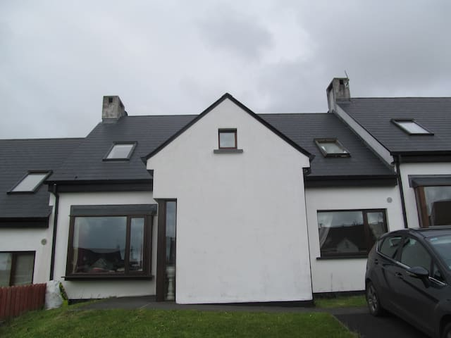 Modern 4 bedroomed home  - Louisburgh