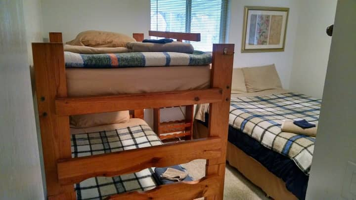 6 Dorm Style Beds Available Nightly