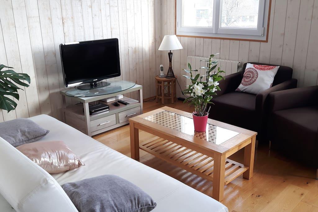 Appartement en hauteur vue sur quimper appartements for Appartement atypique quimper